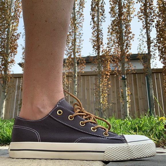 Airwalk Legacee Lace Up Canvas Sneakers